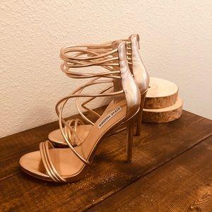 Steve Madden Ariella rose gold strappy heel size 8